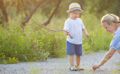 12 outdoor activities for toddlers